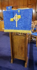 Free standing lectern